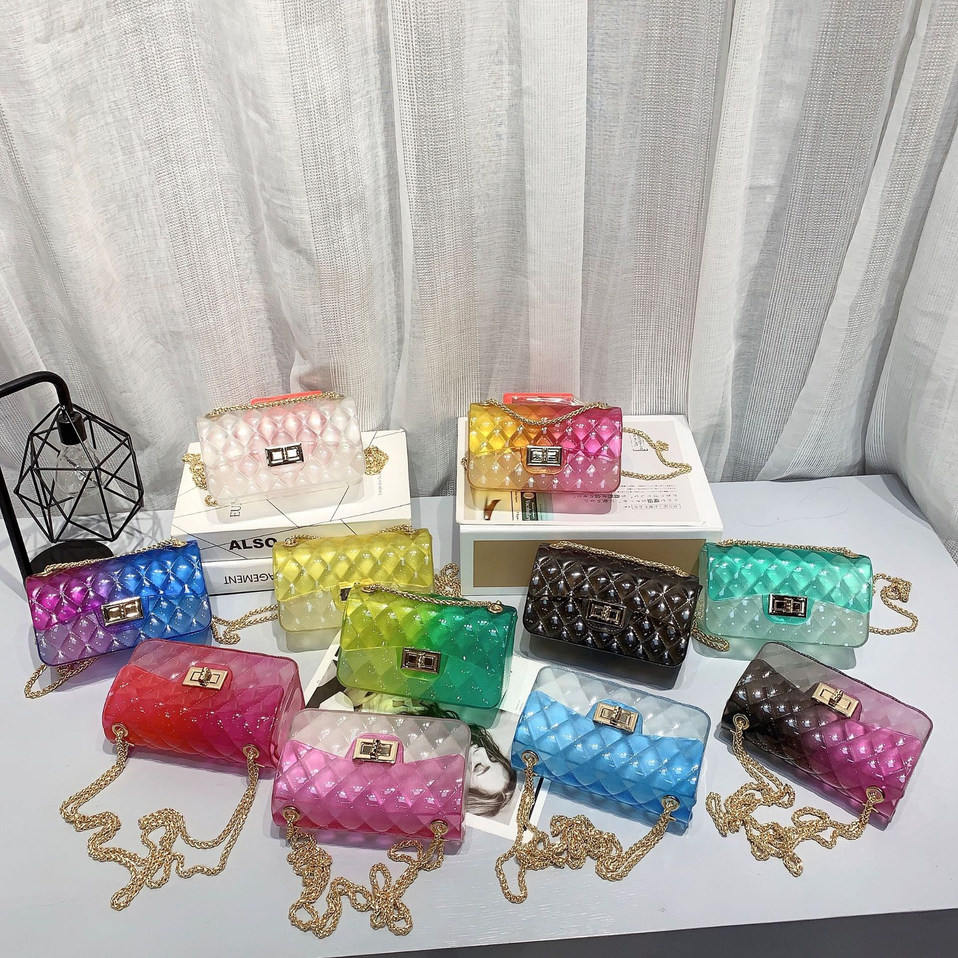 Summer 2020 hot style small fragrance wind single shoulder cross-body transparent leisure beach linger mini jelly bag lady